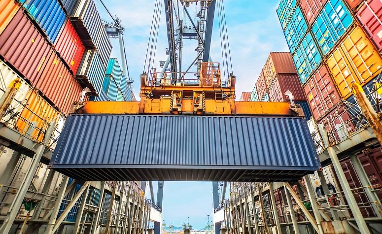 Importaciones y manejo de carga pesada